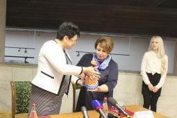 Васнецовы и персики: В Вятском художественном музее открывается новая выставка