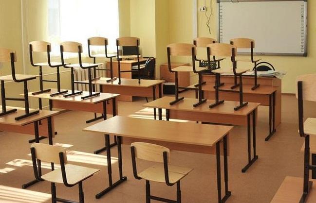 Школу № 51 в Кирове закрывают на карантин