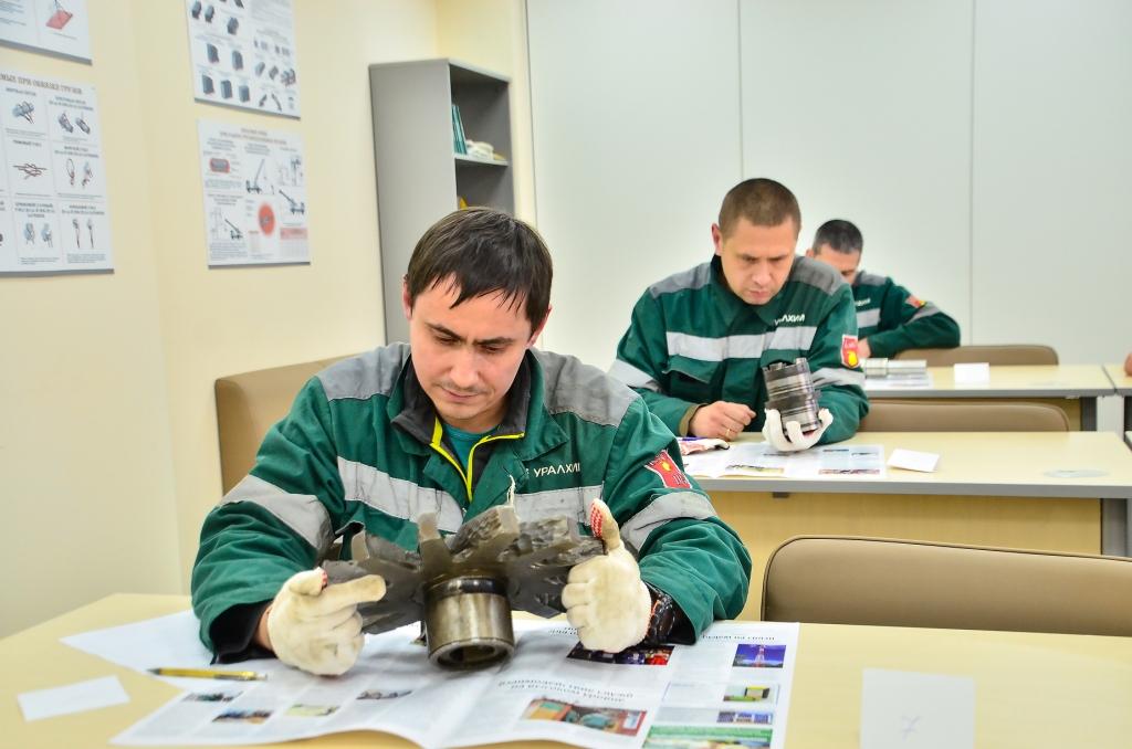 В Кирово-Чепецке выбрали лучших мастеров по ремонту технологического оборудования