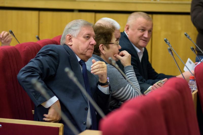 В конфликт кировских коммунистов вмешаются Зюганов и Бастрыкин