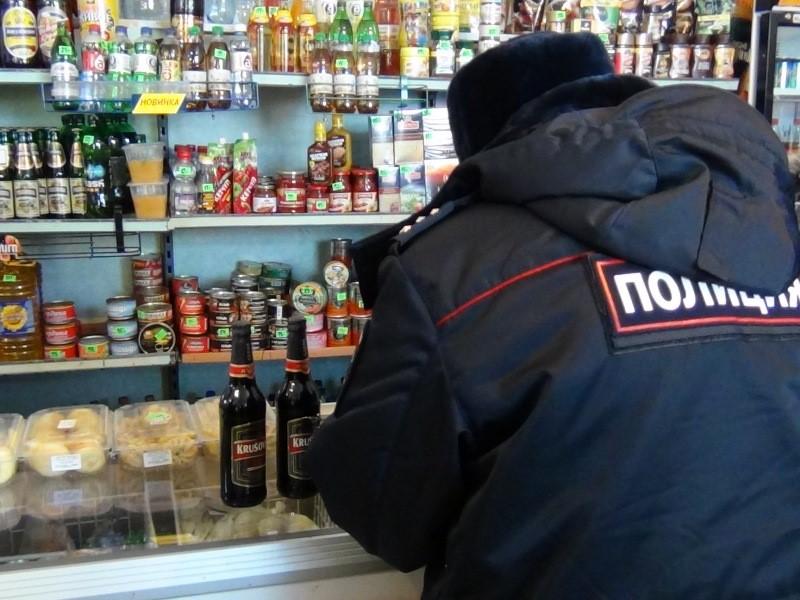 В Кирове чиновник ночью искал, где можно купить пиво