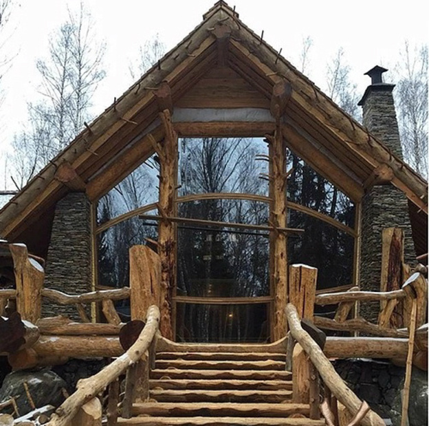 Деревянная сказка руками мастера из Верхошижемского района