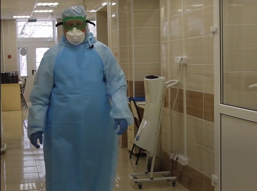 В Кирове врачи инфекционного медучреждения почти 3 недели «живут» на работе