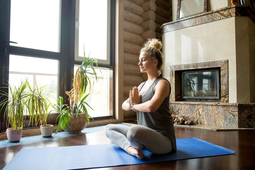 Для чего нужна медитация и как правильно ее проводить